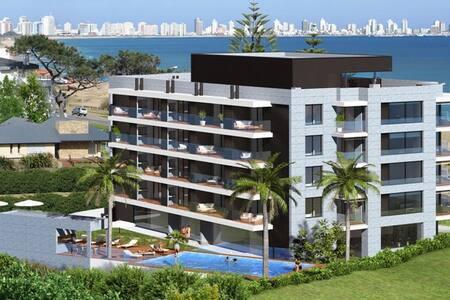 Apto. de categoria frente al mar - Maldonado - Apartment
