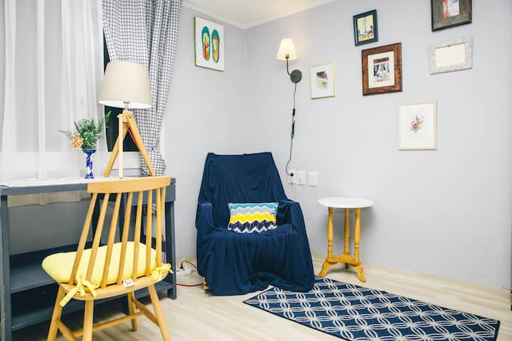*Open sale* Stylish Red Brick House near Hongdae