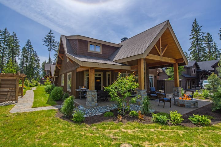 Sweet Retreat at Suncadia-Suncadia's Finest 3 BR Home! Up to 33% Off! Hot Tub * In Prospector's Reach *
