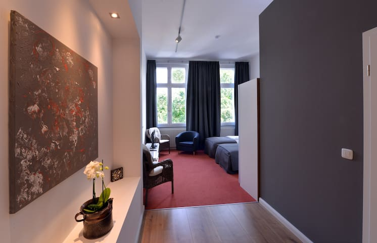 Park Apartment 1  (Near Aachen Cathedral) - Aachen - Apartment