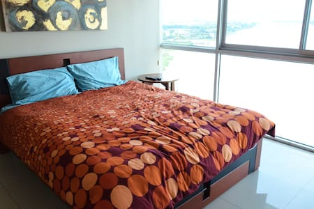 Penthouse Luxury with River View - Private Room - Guayaquil - Διαμέρισμα