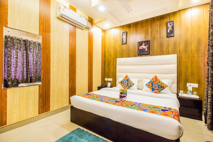 Comfortable Corporate Stay near Airport