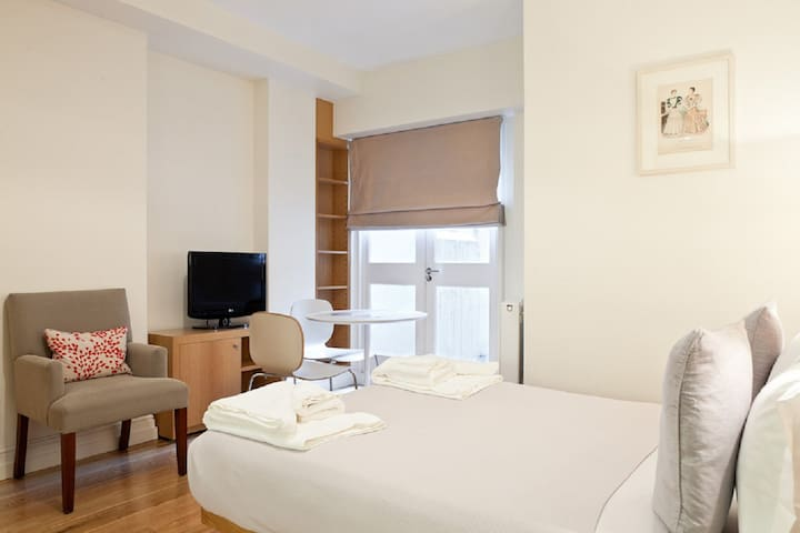 Double Studio,Flat1,Bloomsbury,Central London, WC1