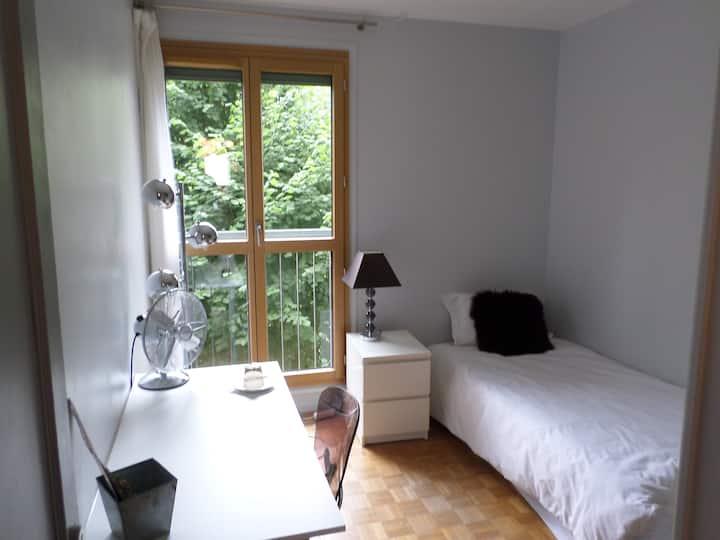 Nice room Père Lachaise/ Bagnolet