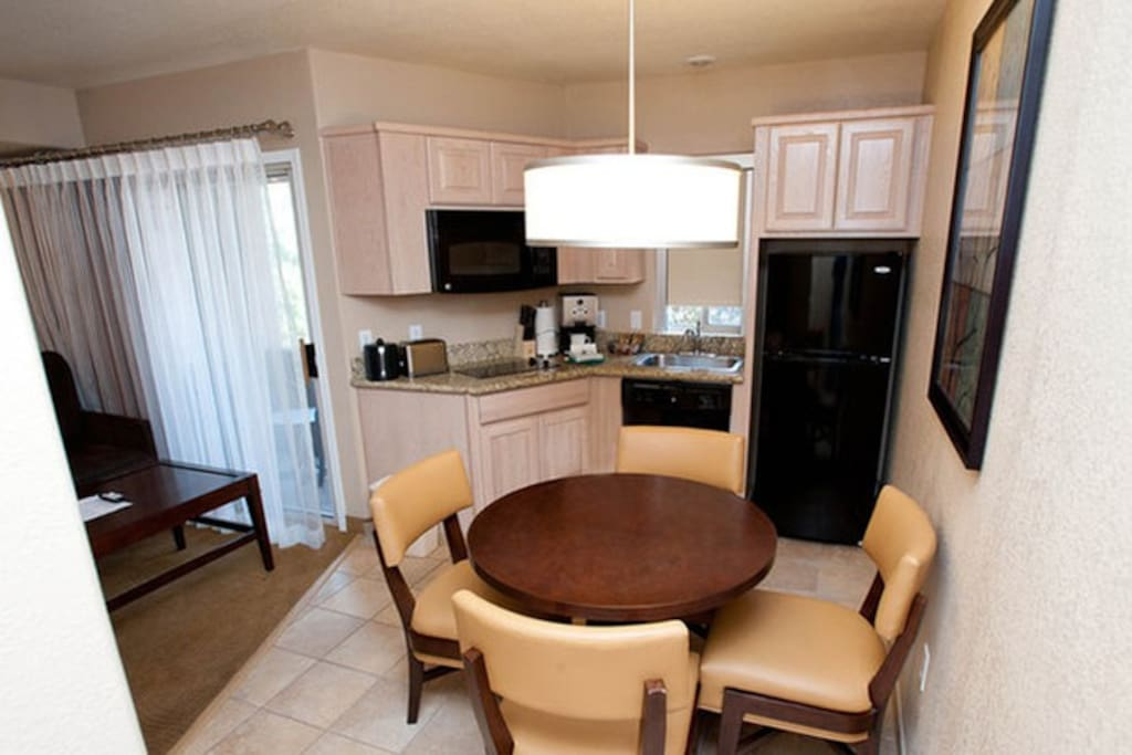 Dining & kitchen area to enjoy tastes of home