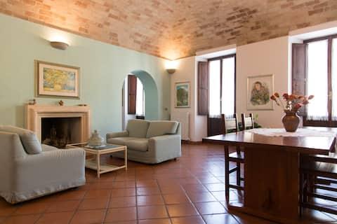 Abruzzo-Wonderful flat close to the beach