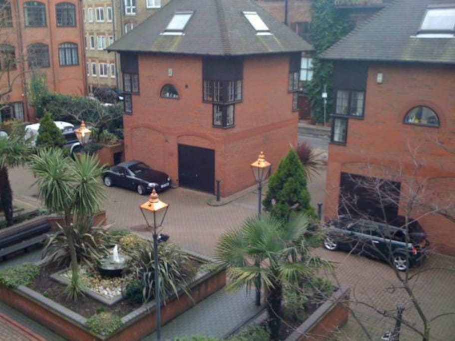 View from the apartment to the courtyard.