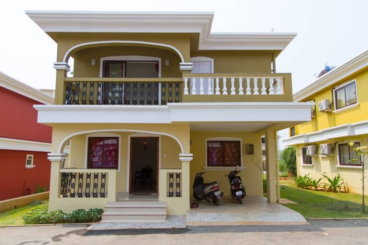 Beach Villa in scenic south Goa - Varca - Villa