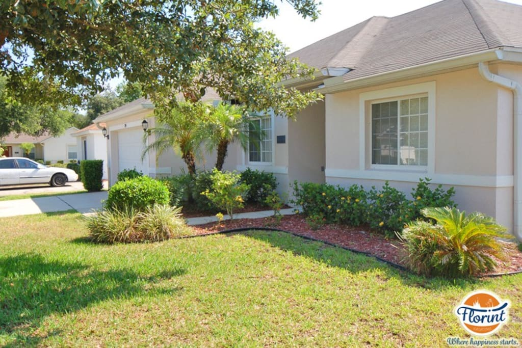 Bring your family to stay at this fantastic family pool home that`s located on the Paradise Wood community - minutes from Walt Disney World Resort.