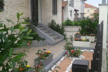 CASA BRUNO APP.CON GIARDINO - Mondovì - Apartment