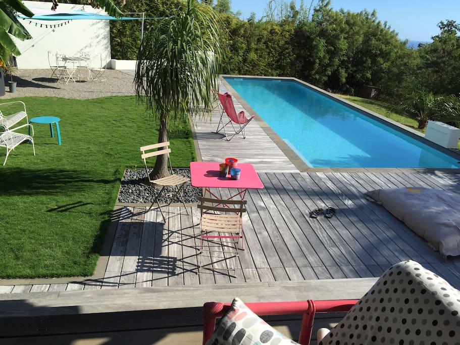 Maison zen avec piscine et jardin maisons louer bois - Maison moderne avec jardin saint paul ...
