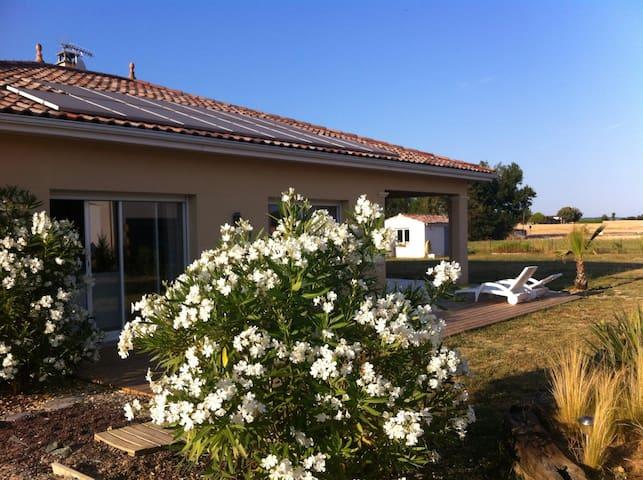 Villa contemporaine /Agen -Walibi;) - Roquefort - Dům