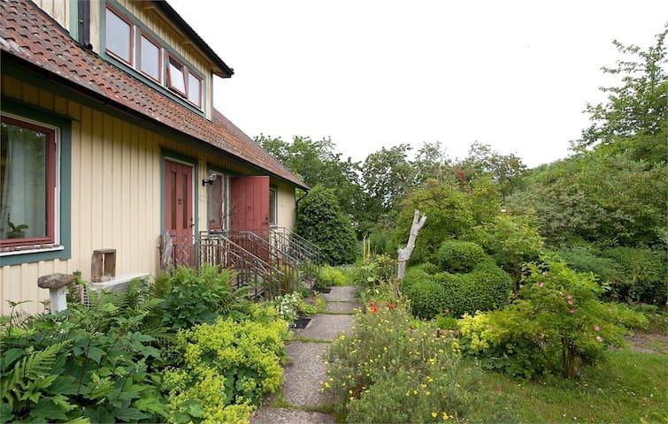 Villa Linnea - large sunny garden - Mörbylånga