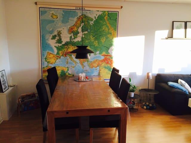 Lækker lejlighed kun 10 km fra Kbh - Glostrup - Apartamento