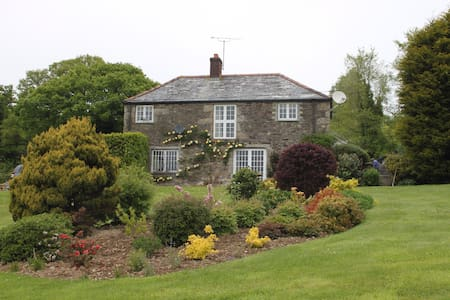 Farmhouse Bed and Breakfast - Bodmin