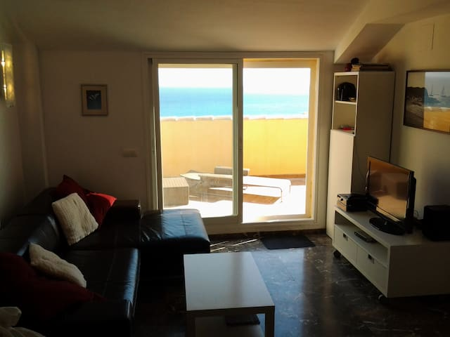 Sunny penthouse with wide seaviews - Fuengirola - Apartment