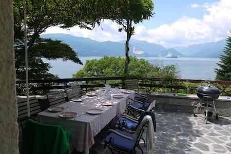 Villa Margarete Lago Maggiore with panoramic view - Leggiuno