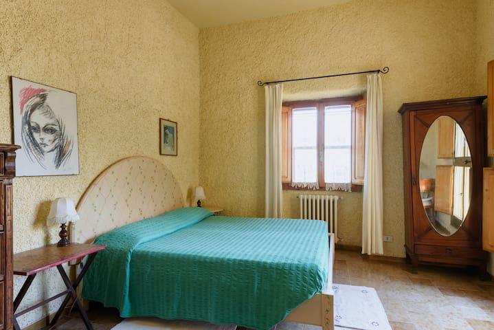 B&b. / apartments - Radda In Chianti - Bed & Breakfast
