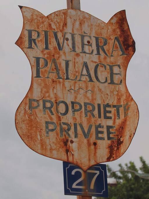 Riviera Palace entrance - Monte-Carlo superior !