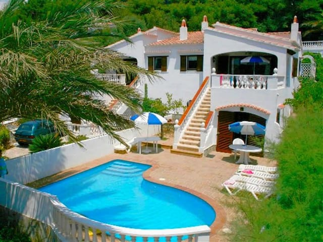 Villa La Pau: Nice house with private pool and sea views, ideal to discover Menorca