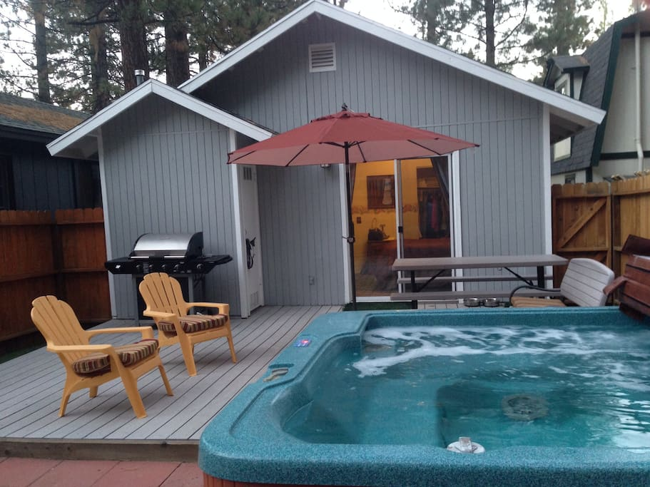 BBQ & Have a Refreshing Soak in the Hot Tub after an Active Day in The Mountains of Water Skiing, Hiking or Biking.