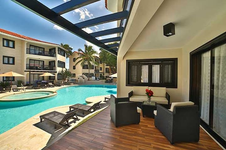 2 Bedroom Royal Suite W Gold All Inclusive Apartments