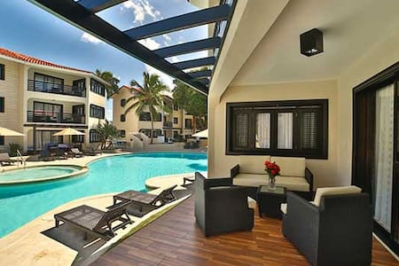 2 Bd Royal Suite w/Gold VIP All-Inc