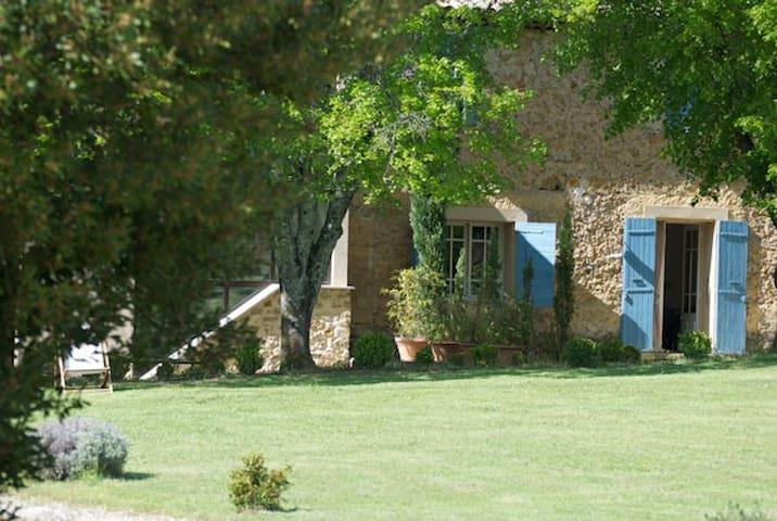 Un gîte en Provence Ventoux - Mormoiron - House