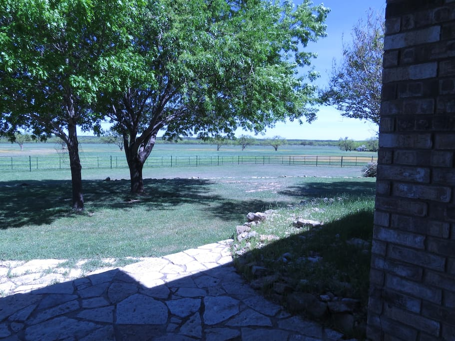 Beautiful ranch home getaway case in affitto a lohn for Case in stile ranch del texas