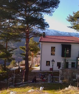 A room in the mountains. CERCEDILLA