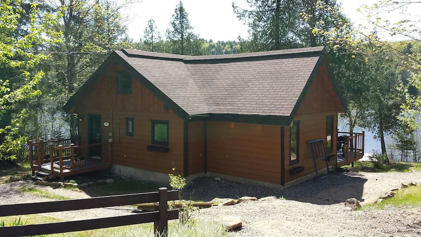 Cosy cottage in Laurentians - La Conception - Casa