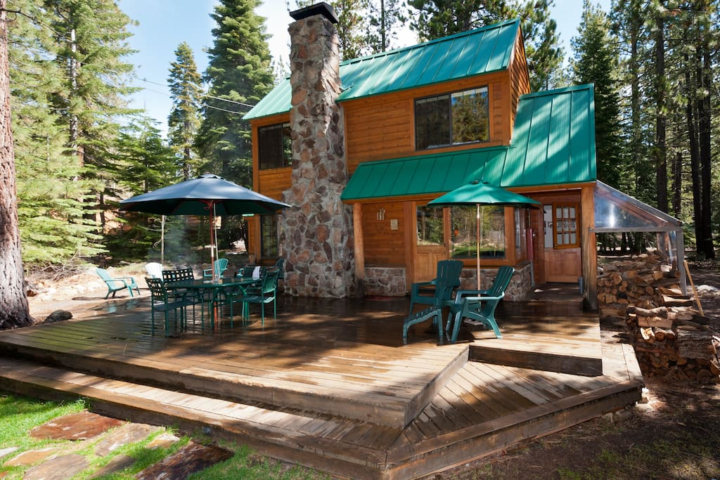 Tahoe mountain cabin tahoe decor cabins for rent in for Rent a cabin in lake tahoe ca