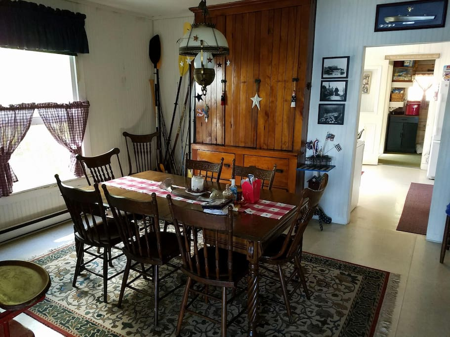 Dining room with extra long table options
