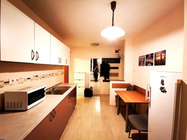 Modern Apartment - ultracentral