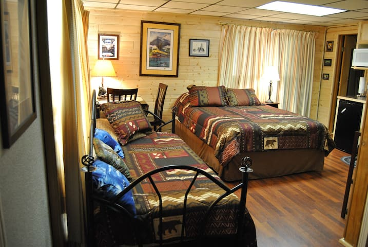 Mountain View Mt. Alice room - Seward - Rumah
