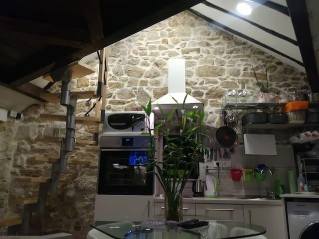 Small stone house Marjan Varoš (studio apartment)