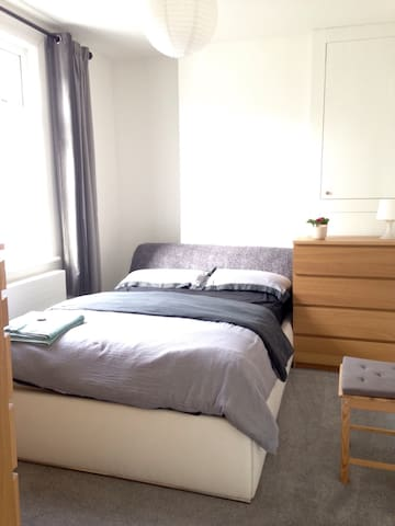 Private room with great links to London - Bromley - Daire