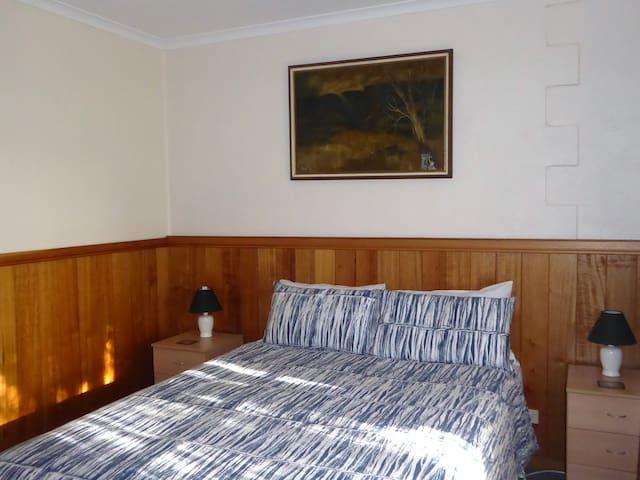 Platypus Park Country Retreat-Piper Apartment - Bridport - Wohnung