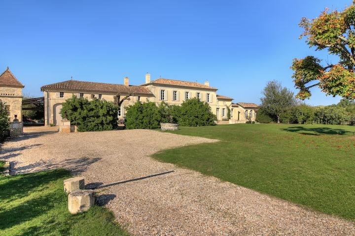Luxury Château near St Emilion, Pool and Staff