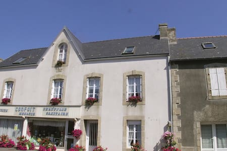 Holiday cottage with 3 bedrooms on 80m² in Plonevez Porzay