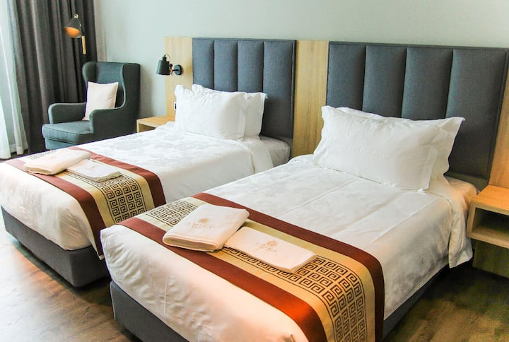 Amigo Hotel - Awesome Deluxe Twin