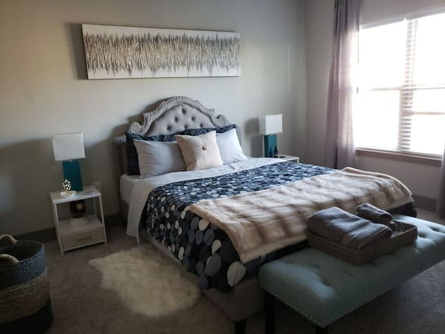 Brand New Private Bed/Bath in Brier Creek/RTP/RDU