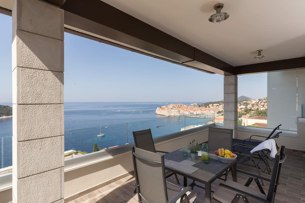 Terrace with amazing sea view