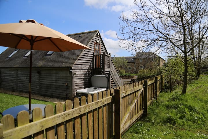 The Hide, Northumberland Country Retreats.