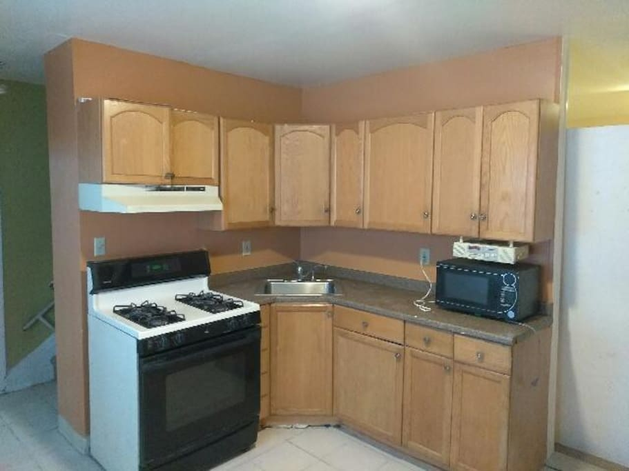 Entire house for rent houses for rent in plainfield new for 4 kitchen court edison nj