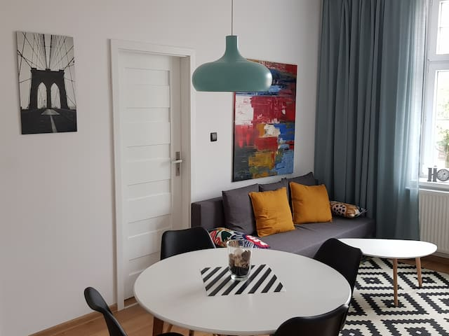 Rent Like Home Artistic Apartment Floriana 3