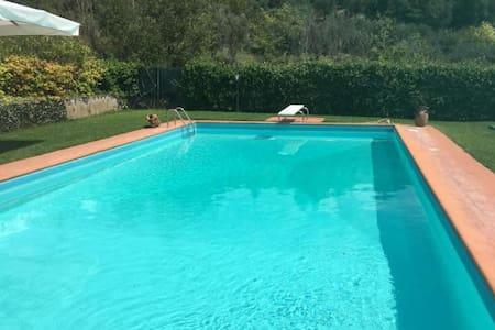 stanza deluxe con accesso piscina