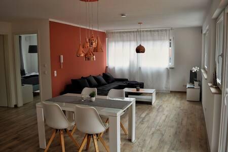 Luxury Flat near the Wood /Airport Stuttgart