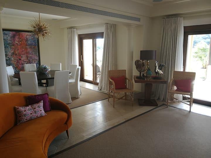 600 m2 serviced apartment in Sotogrande