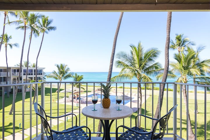 Beach Front Maili Cove Ocean Sunset Free Parking